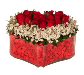 Ankara online çiçek gönderme sipariş  Mika kalp içerisinde 9 adet kirmizi gül tanzimi