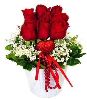 9 kırmızı gül seramik ve kalp çubuk  Ankara çiçek gönderme