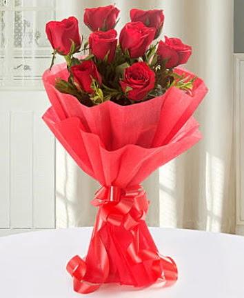 9 adet kırmızı gülden modern buket  Ankara hediye çiçek yolla