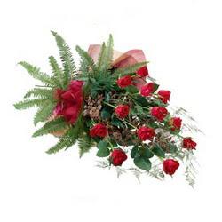 Ankara online çiçek gönderme sipariş  10 adet kirmizi gül özel buket çiçek siparisi