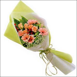 sade güllü buket demeti  Ankara çiçekçi mağazası