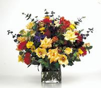 vazoda karisik  çiçekler  çiçekligi   Ankara çiçek gönderme sitemiz güvenlidir