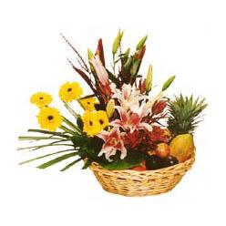 Karisik meyva sepeti ve çiçekler  Ankara cicek , cicekci