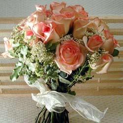 12 adet sonya gül buketi    Ankara çiçek gönderme
