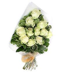 Ankara online çiçekçi , çiçek siparişi  12 li beyaz gül buketi.
