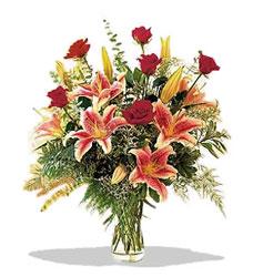 Ankara çiçek servisi , çiçekçi adresleri  Pembe Lilyum ve Gül