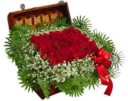 Ankara çiçek satışı  17 adet gül ve örme japon sepeti