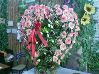Ankara çiçek gönderme  SEVDIKLERINIZE ÖZEL KALP PANO