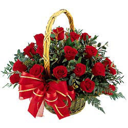 Ankara çiçek siparişi vermek  11 adet kirmizi essiz gül sepeti - SEVENE ÖZEL