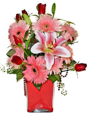 Ankara cicek , cicekci  karisik cam yada mika vazoda mevsim çiçekleri mevsim demeti