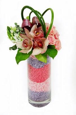 Ankara internetten çiçek satışı  3 kandil orkide 7 adet gül cam yada mika vazoda