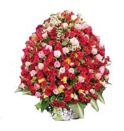 Ankara çiçek servisi , çiçekçi adresleri  365 gün 365 güne özel gül sepeti
