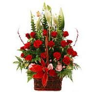 Ankara çiçek online çiçek siparişi  12 gül den ve kir çiçeklerinden sepet tanzimi