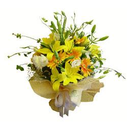 Ankara çiçek gönderme sitemiz güvenlidir  2 dal kazablanka ve kir çiçekleri