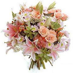 Ankara çiçek gönderme sitemiz güvenlidir  Karisik kir çiçeklerinden görsel demet