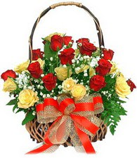 Ankara çiçek satışı  11 sari 8 kirmizi gülden sepet tanzimi