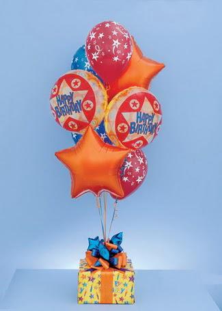 Ankara çiçek gönderme sitemiz güvenlidir  19 adet uçan balon ve küçük kutuda çikolata