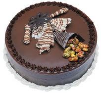 Çikolatali yas pasta 4 ile 6 kisilik  leziz  Ankara çiçek mağazası , çiçekçi adresleri