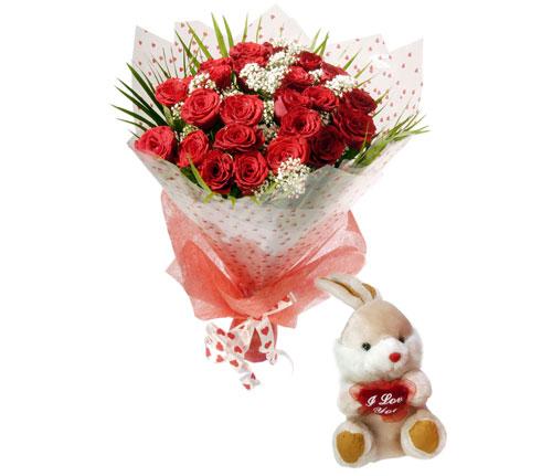 10 adet kirmizi gül ve hediye pelus oyuncak  Ankara uluslararası çiçek gönderme