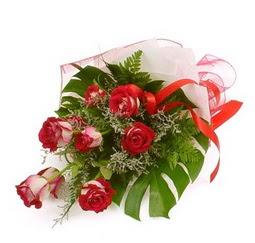 Çiçek gönder 9 adet kirmizi gül buketi  Ankara çiçek siparişi vermek