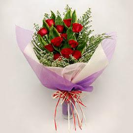 çiçekçi dükkanindan 11 adet gül buket  Ankara çiçekçi mağazası