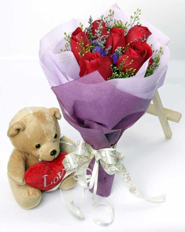 oyuncak ve 7 adet kirmizi gül buketi  Ankara online çiçekçi , çiçek siparişi