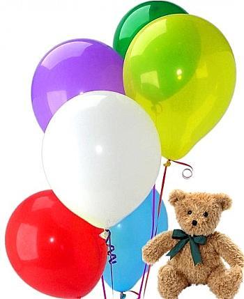 12 adet uçan balon ve küçük ayicik