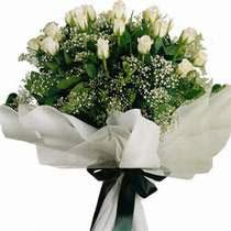 Ankara uluslararası çiçek gönderme  11 gül buketi özel tanzim