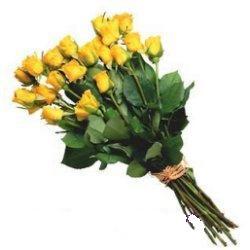 Ankara 14 şubat sevgililer günü çiçek  12 adet sari gül buketi özel