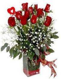 Ankara çiçek siparişi vermek  9 adet mika yada cam vazoda gül tanzimi kalp çubuk