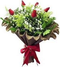 Ankara online çiçek gönderme sipariş  5 adet kirmizi gül buketi demeti
