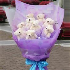 Ankara uluslararası çiçek gönderme  11 adet küçük ayiciktan görsel ayi buketi
