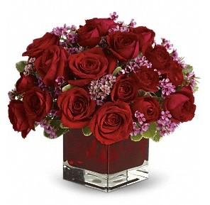 11 adet kırmızı gül vazosu  Ankara çiçekçiler