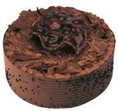 4 ile 6 kişilik çikolatalı yaş pasta