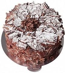 4 ile 6 kişilik Parça Çikolatalı Yaş pasta