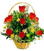 9 adet gül ve sepette kır çiçekleri  Ankara internetten çiçek satışı