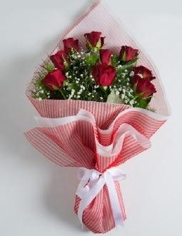 9 adet kırmızı gülden buket  Ankara çiçek satışı
