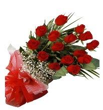 15 kırmızı gül buketi sevgiliye özel  Ankara çiçek gönderme sitemiz güvenlidir