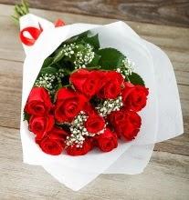 9 kırmızı gülden buket çiçeği  Ankara çiçek gönderme