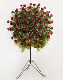 71 adet kırmızı gülden ferförje çiçeği  Ankara çiçekçi mağazası