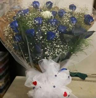 Mavi güllerden kız isteme buket çiçeği  Ankara internetten çiçek siparişi