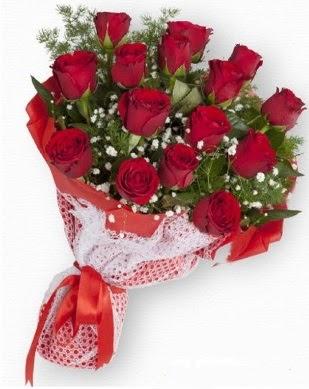 15 adet kırmızı gülden kız isteme buketi  Ankara çiçek gönderme