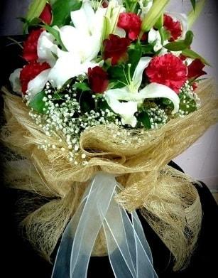 Kız isteme buketi 11 gül 3 dal kazablanka  Ankara çiçekçi telefonları