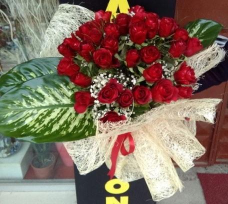 41 adet kırmızı gül Kız isteme çiçeği buketi  Ankara çiçekçi telefonları