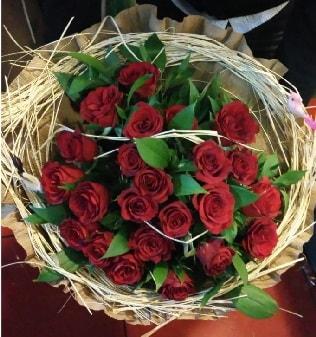 Kuş yuvalı kız isteme buketi 21 adet gül  Ankara internetten çiçek siparişi