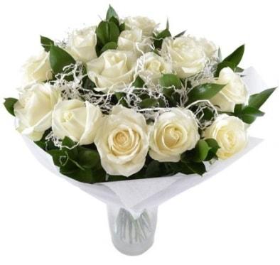 15 beyaz gül buketi sade aşk  Ankara çiçek satışı