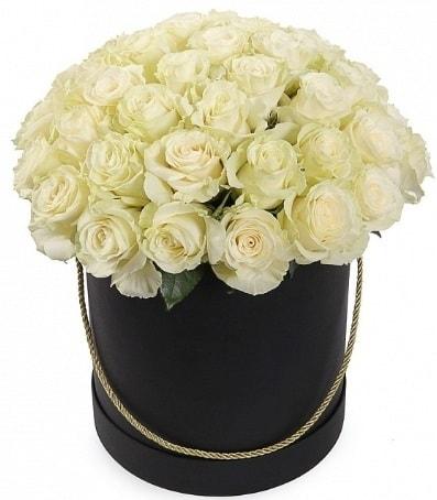 33 adet beyaz gül özel kutuda isteme çiçeği  Ankara internetten çiçek satışı