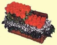 Ankara çiçekçi telefonları  Sandikta 13 adet güller